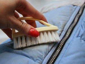 Как почистить пуховик